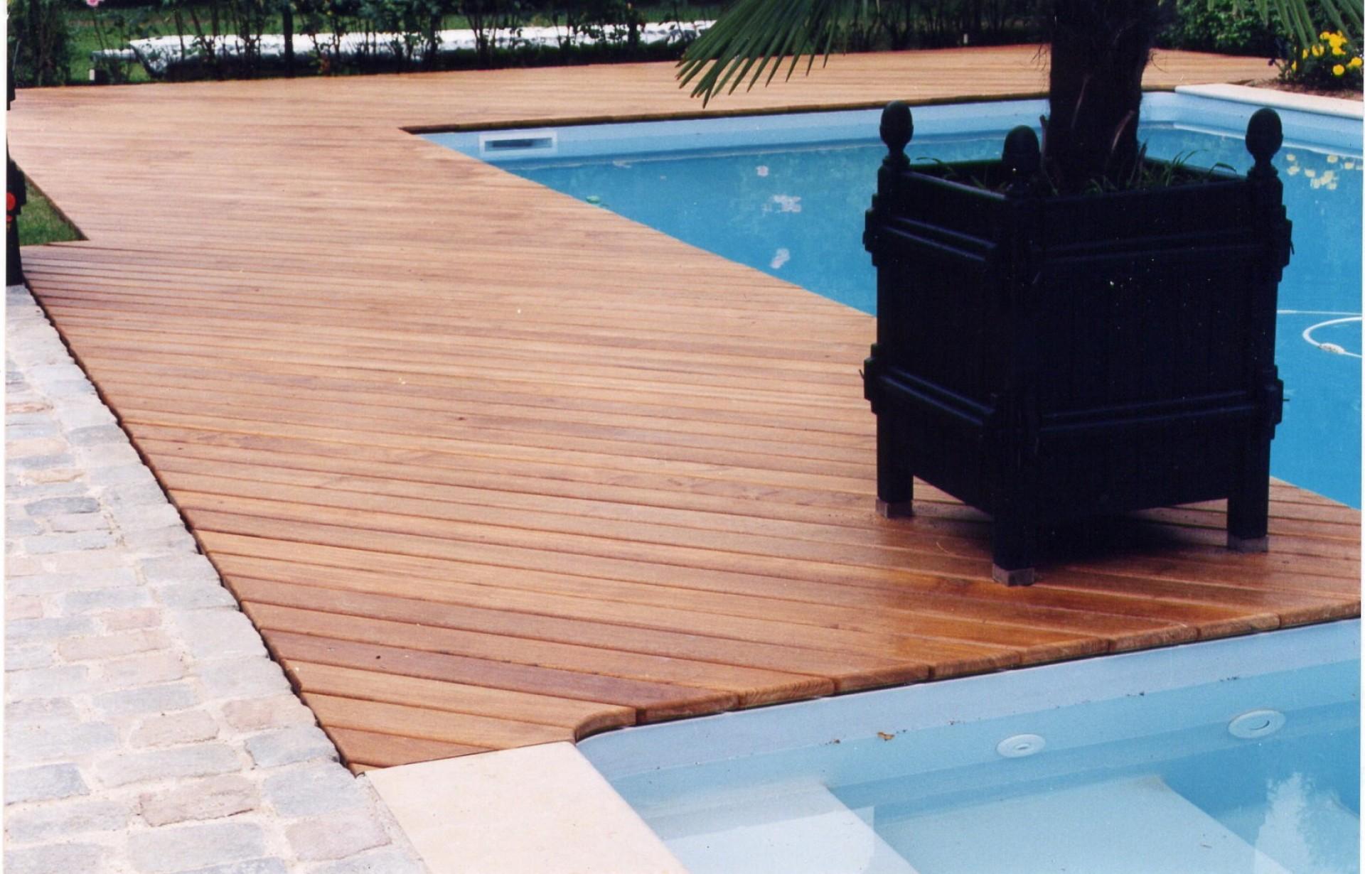 lame terrasse en bois massif parquet en chene massif parqueterie gagnieu. Black Bedroom Furniture Sets. Home Design Ideas